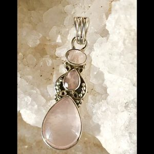 Jewelry - Sterling Silver Rose Quartz Pendant